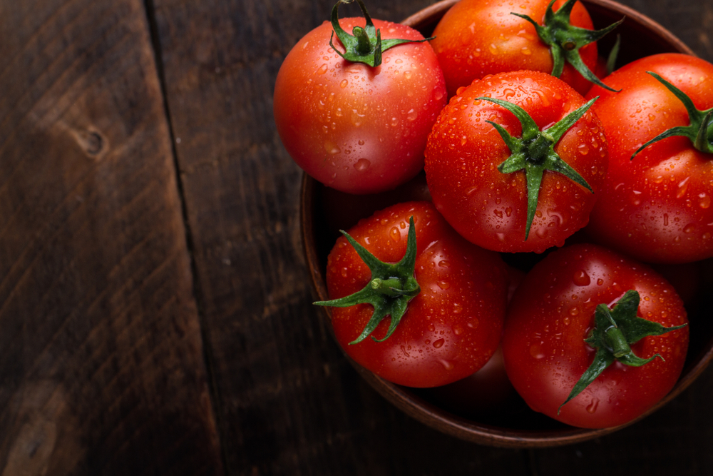 tomatoes reduce cholesterol