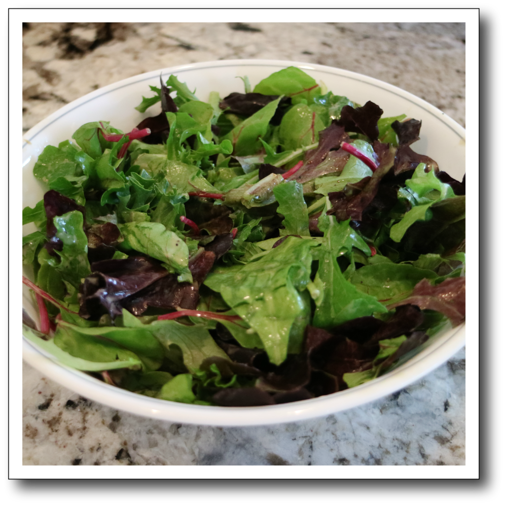 salad greens for 500 calorie salad